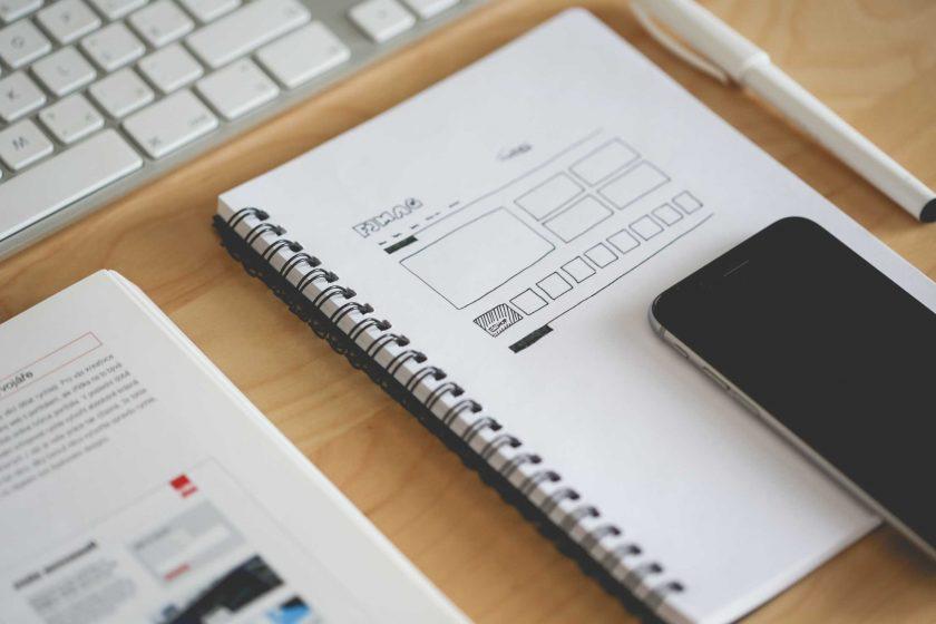 ノートとスマホでデザインを考える
