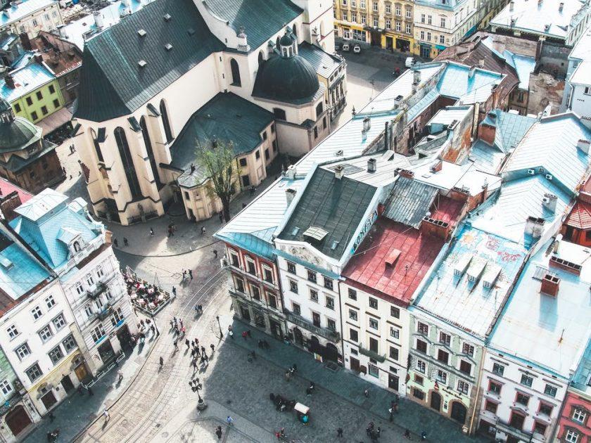 高いところから眺める外国の街並み