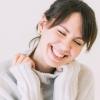 笑顔の女性外国人ネイティブ講師